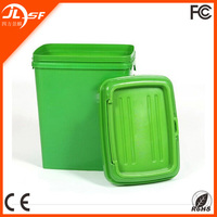 15 KG Plastic Pet Food Storage Christmas Dog Food Storage Container for Sale