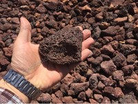 control moisture content and improve drainage volcanic garden rocks