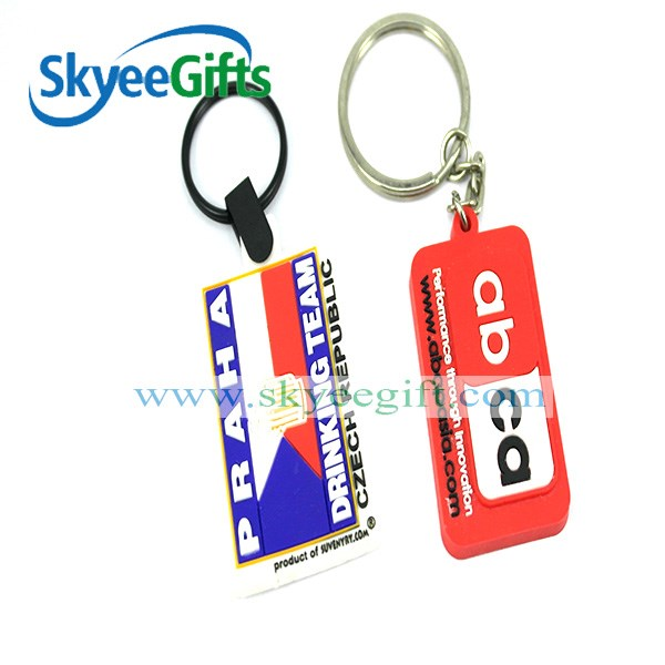 Promotional tennis racket soft pvc keychain / rubber key chain for souvenir