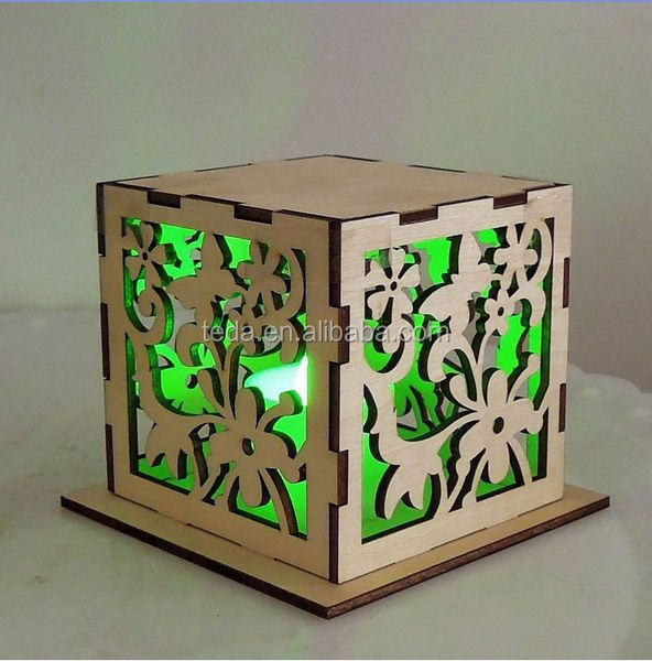 Popular custom laser cut and engraved wedding favors music box