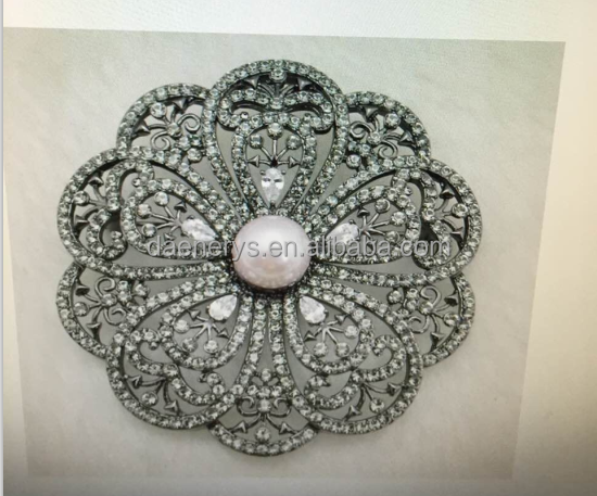 Young Ladies Bling Flower Peal Rhinestone Brooch For Wedding