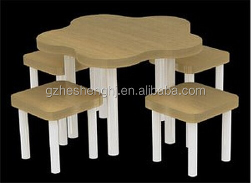 Best selling garment retail store display table with chairs
