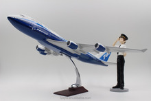 Special present 1: 155 47CM Boeing 747 aircraft model with OEM welcome for business gift