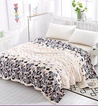 Thin type of warm summer flannel blanket towelling coverlet coral blanket son single man carpet pile sheet the student