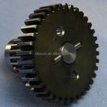 Input transmission spur gear keyed to the shaft with a dowel pin