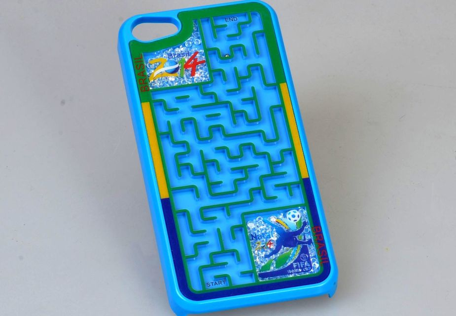 shenzhen wholesale creative style 3D fancy maze game silicone phone case cover for iphone 5/5s/5c