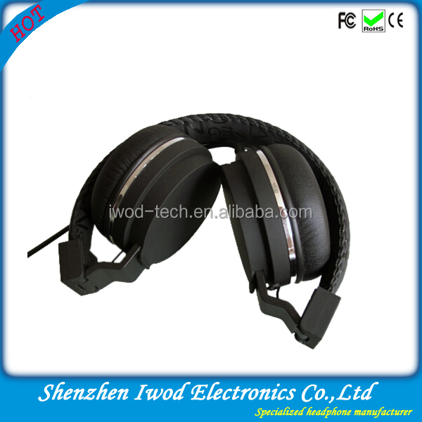 2014 foldable mega bass headphones with high quality classic appearance for gaming music