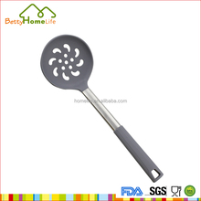 Food grade heat resistant utensils tool kitchen protein or oil silicone skimmer