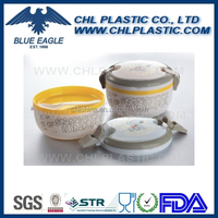 Microware plastic food container with lock