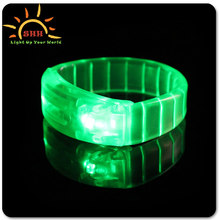 2016 LED Flashing blinking Bracelet for concert, events, party and festival. Ideal bar item and promotional product