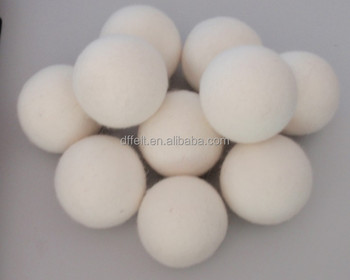 The wool felt balls,low price and hot sales!