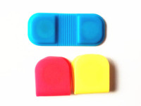 Factory direct sell food grade silicone magnet clip , novelty design silicone magnet clip for gift