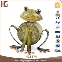 Made in china metal frog shape dancing figurines