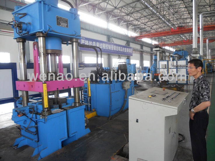 hydraulic press for extrusion with heart service