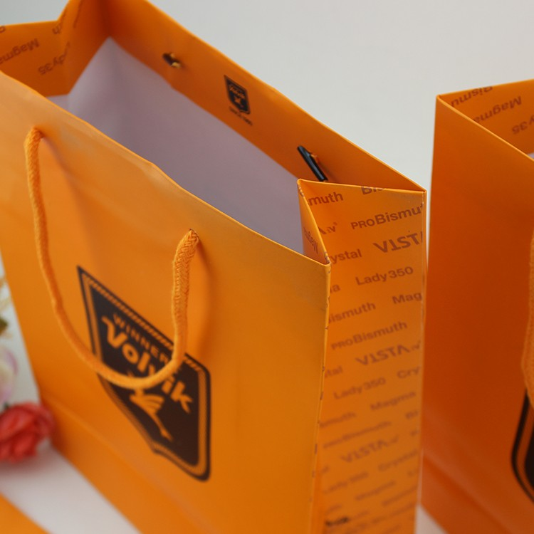 Yilucai Customized Logo Printing Paper Bags With Handles