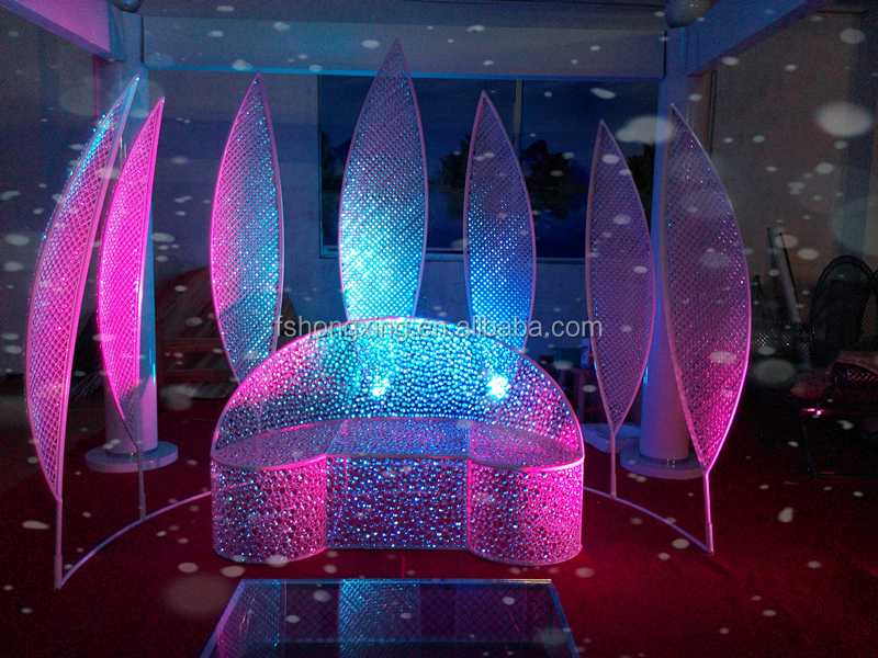 Beautiful Romatic Weeding Stage Background Decoration