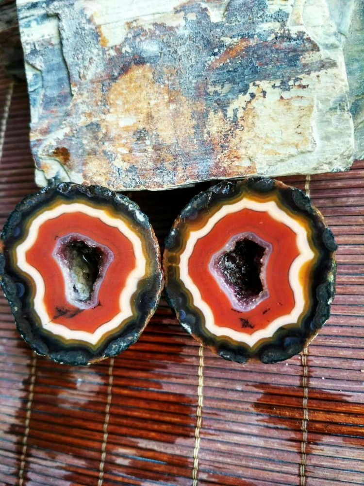 Chinese Fighting Blood Agate Pair