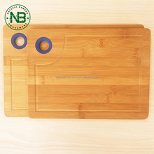 Durable 2 pieces food safety bamboo cutting board sets with silicone
