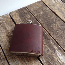 Outdoor portable 5oz covering leather Stainless steel camping matte black painting whisky hip flask