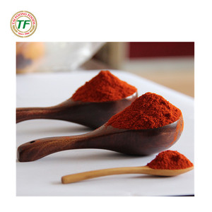 milled red sweet paprika chili pepper powder