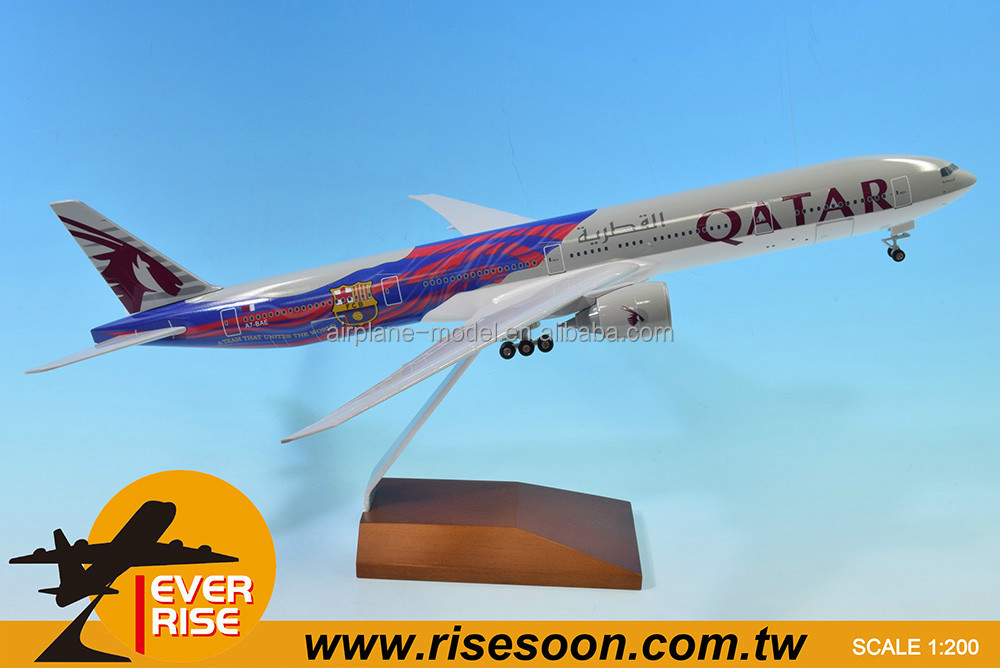 Boeing B777-300ER QATAR FC Barcelona Aircraft Scale 1:200 Airplane Model