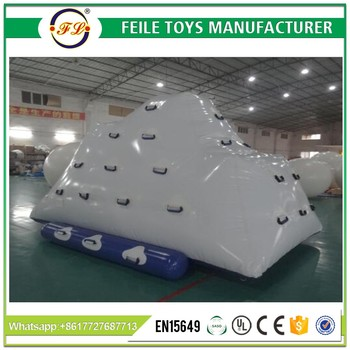 2017 Hot sell inflatable iceberg water toy