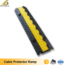 Professional durable yellow outdoor 2 channel rubber road ramp cable protector car ramp