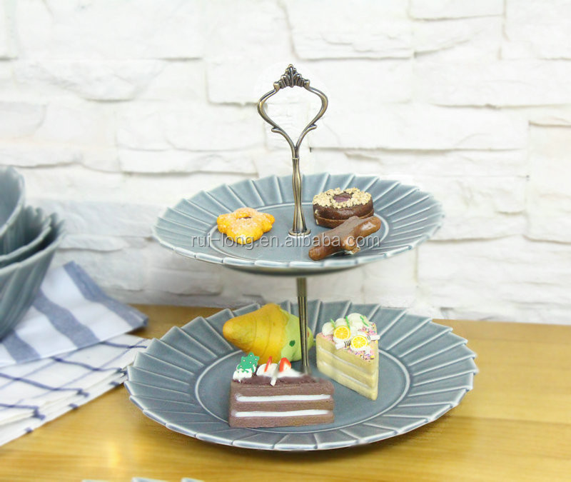 china supplier wholesale ceramic dessert 2 tier cake serving plate