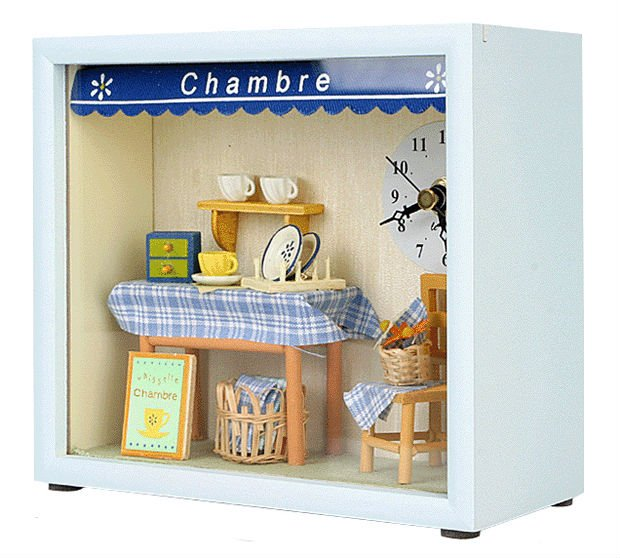 Dollhouse Chambre Table & Wall Clock