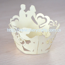 Fancy wedding decorations! 2014 laser cut cupcake wrappers wedding favors wholesale