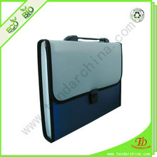 Expanding portfolios made of PP with carry hand for office and school children