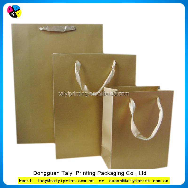Customized printed christmas paper bag/ gift paper bags/shopping bag for channel