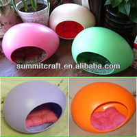 Egg shape indoor cat house