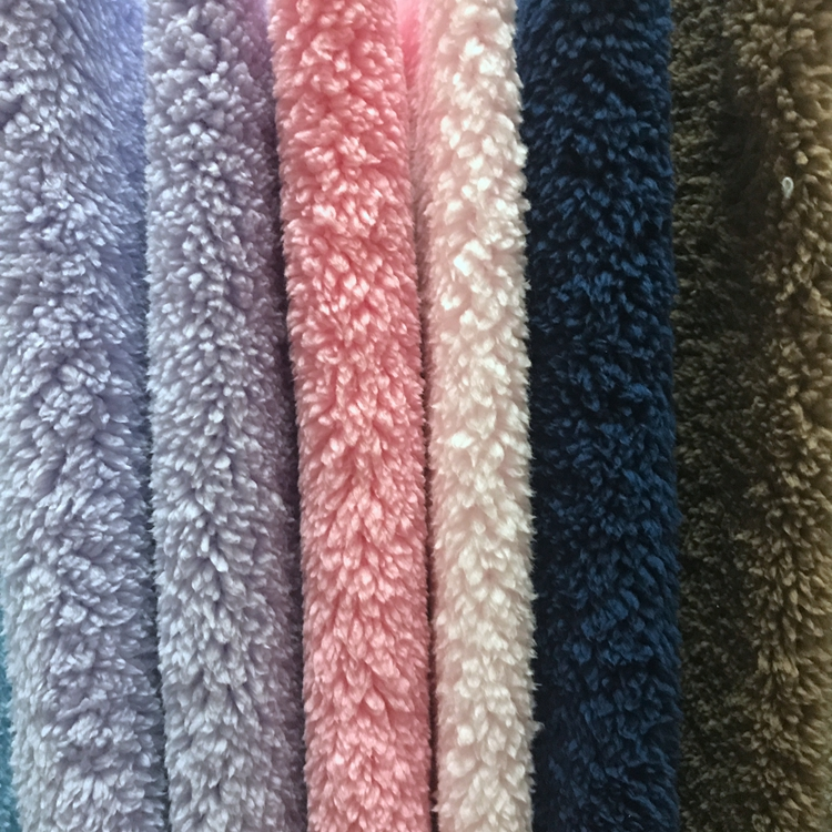 Wholesaler and Manufacturer 100%polyester plain color sherpa lambs wool fleece Imitation fur toy sofa blanket fabric