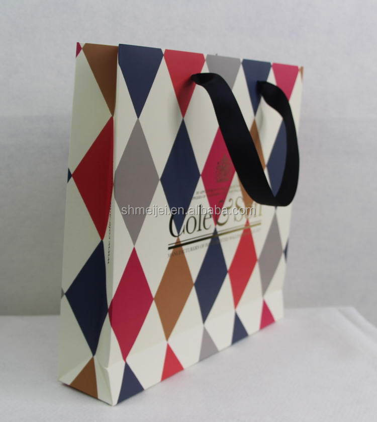 Wholesale Cheap useful design paper shopping bag