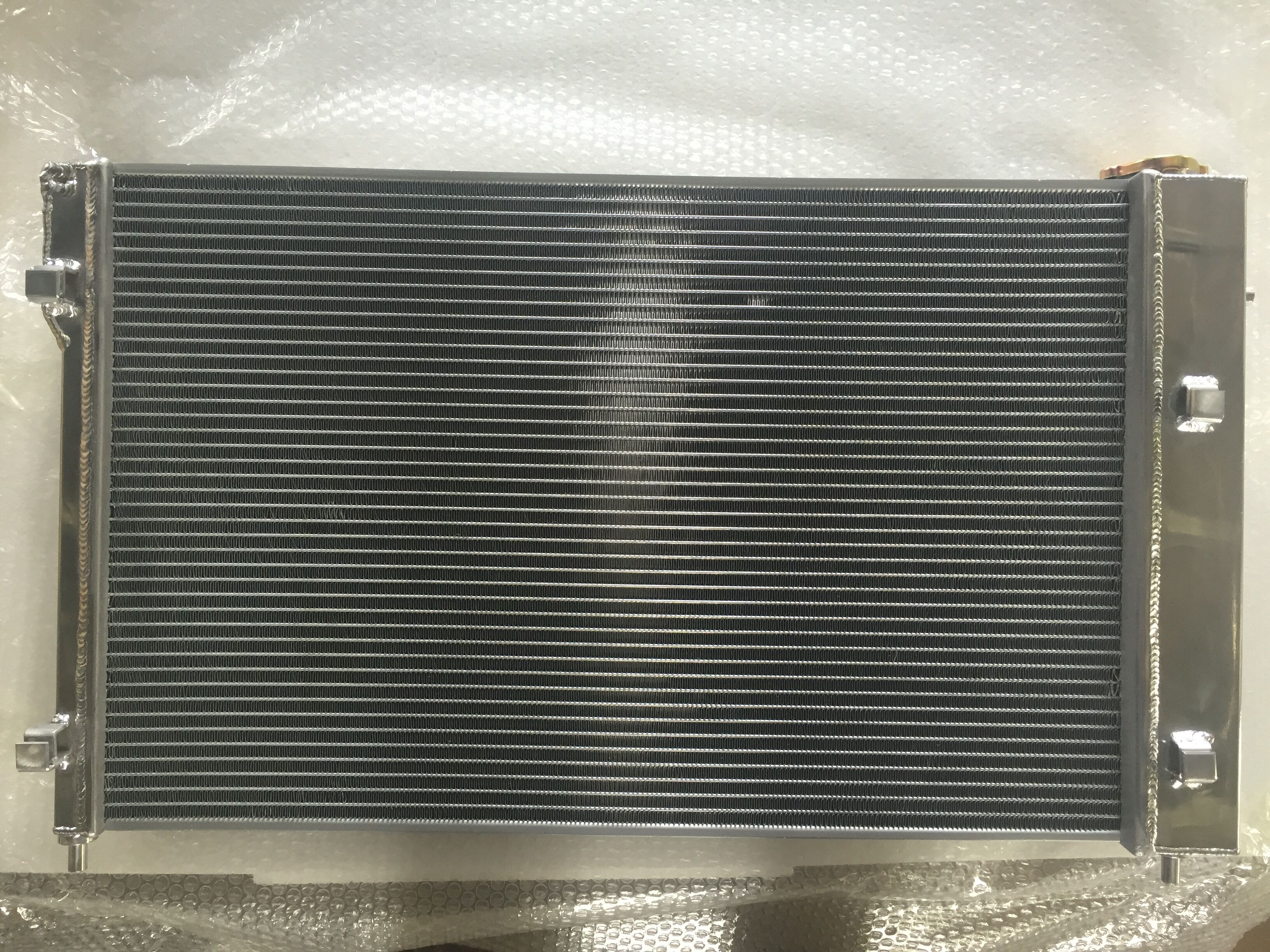 FOR 86-92 TOYOTA SUPRA MT TRI CORE 3-ROW DIRECT BOLT-ON ALUMINUM RACING RADIATOR