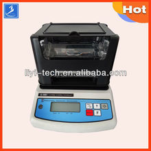 High precision solid and liquid digital densimeter