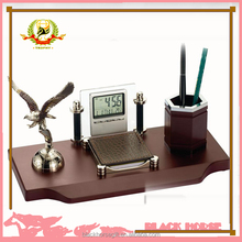 eagle calendar desktop pen holder business gift and trophy,cheapest pen holder