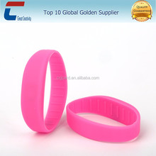 2017 New design adjustable silicone logo print rfid wristband for event theme Park