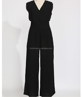 women's sleeveless V collar loose sty jumpsuits with pockets