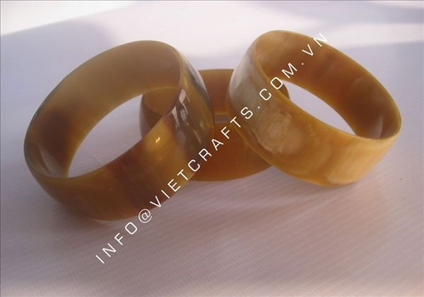 Vietnam fashion horn bangle, availabe with any size