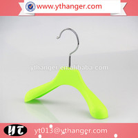 CY-05 wholesale doll plastic baby clothes hanger cute baby hanger