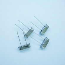 4.897MHz HC-49S Crystal Resonators Oscillators