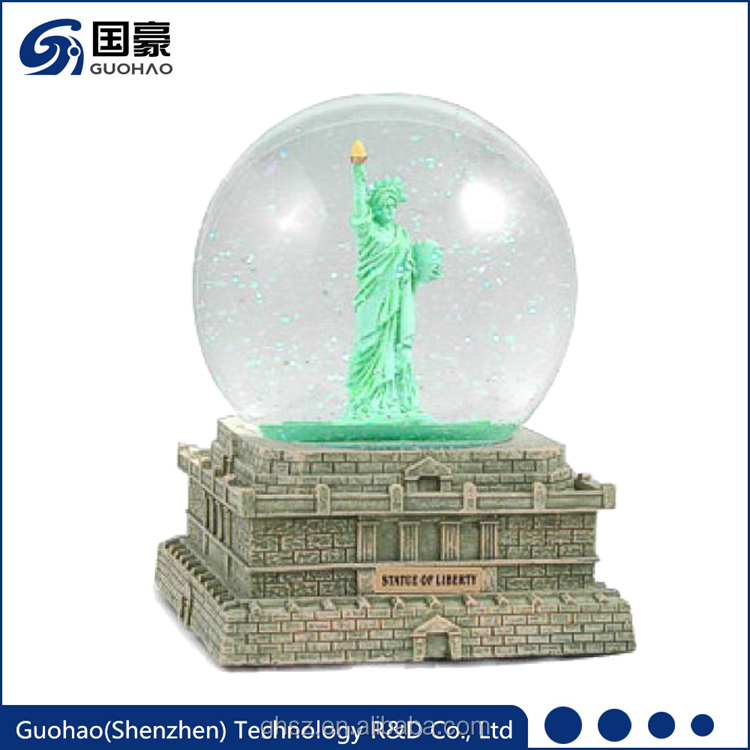 Statue Of Liberty Water snow globe