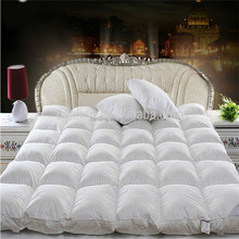 Factory Price White Foldable Mattress Pad thick Mattress Cover