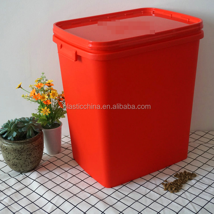 China manufacturer cheap food container 40lt plastic food container with flat lid