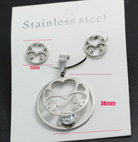 The new thermal design elegant fashion brand jewelry heart-shaped bear type stainless steel necklaces and earrings combine Sets