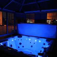 Acryilc Hot Spring Hot Tub With 2 Loungers Cold And Hot Combo Square Whirlpool Bath