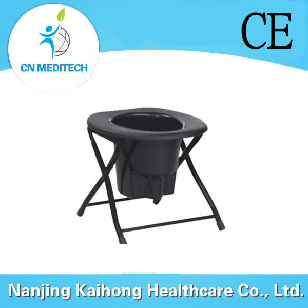 Plastic commode chair with bedpan