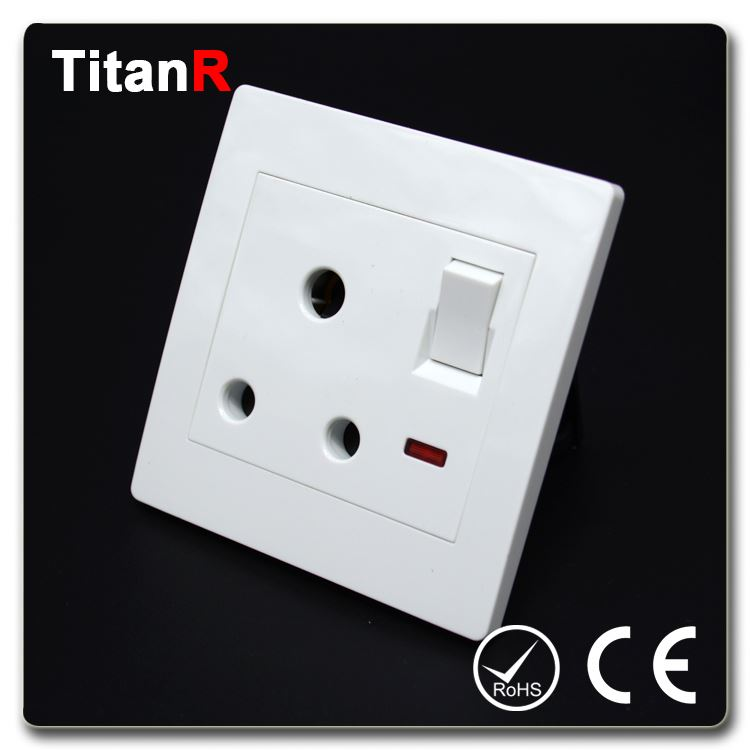 China manufacture of british type electric wall switch and sockets